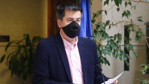 """Tras aprobación en general del segundo retiro de las AFP: Diputados oficialistas acusaron """"falta de alternativa del Gobierno"""" para ayudar a la clase media"""