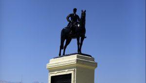 Consejo de Monumentos Nacionales determinó no cambiar de ubicación la estatua del general Baquedano