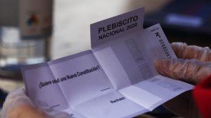Plebiscito Nacional: Con un 19% de las mesas escrutadas el Apruebo obtiene un 77% y el Rechazo un 22%
