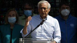 Heraldo Muñoz oficializó su precandidatura presidencial comentando anécdota con Patricio Manns