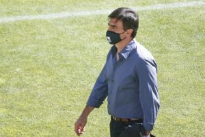 """Gustavo Quinteros: """"Si siguen habiendo conflictos entre jugadores y dirigentes, va a ser difícil"""""""