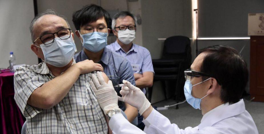 Vacunas chinas contra el Covid-19 se aplicaron a 60.000 personas en todo el mundo