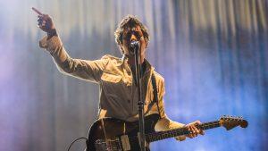Arctic Monkeys lanzarán un inédito álbum en vivo grabado en la sala del Royal Albert Hall en 2018