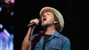 "Pearl Jam reaccionó al cover que Miley Cyrus hizo de ""Just Breathe"""