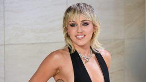 Miley Cyrus lanzará un disco con sus propias versiones de Metallica
