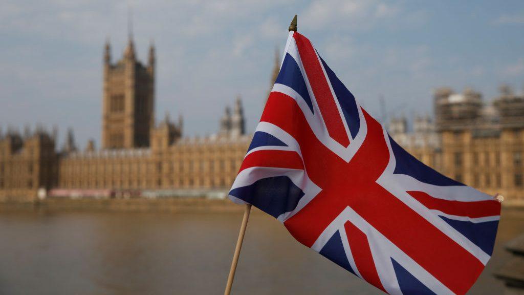 Reino Unido oficializó con Japón su primer acuerdo comercial tras el Brexit