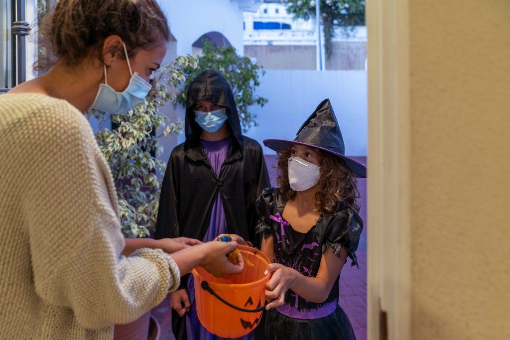 """¿Cómo celebrar Halloween en plena pandemia? Experto en gestión de edificios explica: """"Hay que hacer un cambio cultural"""""""