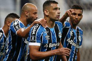 ¿El héroe cruzado? Revive el gol de Gremio que clasificó a la UC a Copa Sudamericana