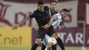 Pedro Pablo Hernández volvió a ser titular tras más de un año en victoria de Independiente