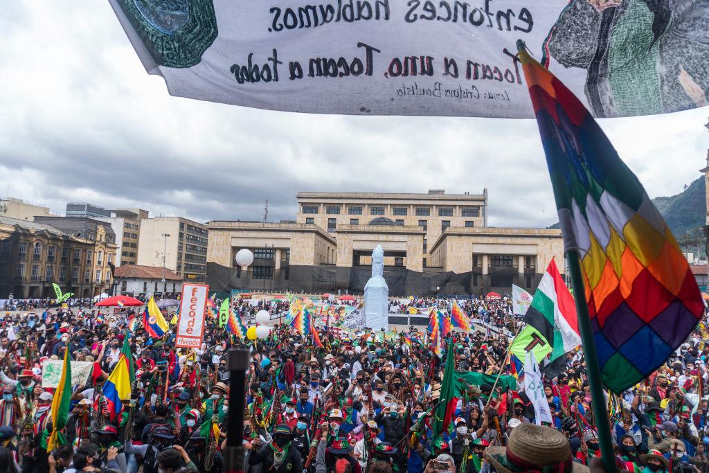 Sindicatos, estudiantes y grupos indígenas se manifestaron en Colombia
