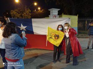Cathy Barriga festejó triunfo del Apruebo junto a vecinos en la Municipalidad de Maipú