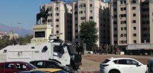 Se registran nuevas manifestaciones e interrupciones al tránsito en Plaza Baquedano