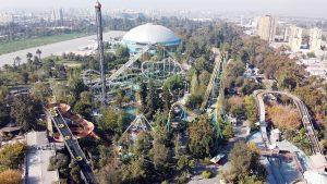 Vuelve la montaña rusa de Santiago: Fantasilandia abrirá sus puertas con una marcha blanca
