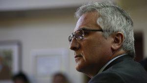 Rebaja de impuestos a Penta: Presidente de la comisión de Hacienda de la Cámara pide la renuncia del director de SII