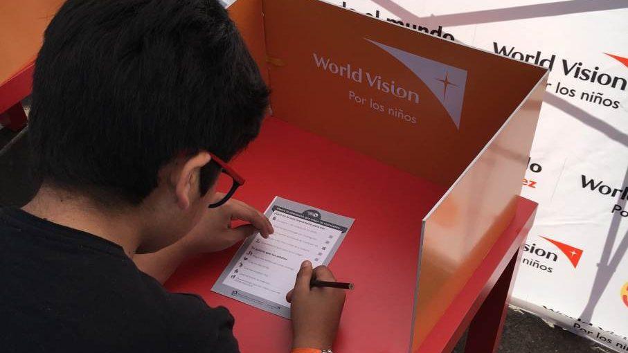 """Los niños y adolescentes también votaron: más de 17 mil participantes tuvo el """"plebiscito alternativo"""" de World Vision"""