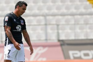 Cuerpo médico de Colo Colo confirmó que Esteban Paredes no se someterá a operación para tratar cruda lesión