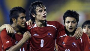Homenaje a Zamorano: El número que usará un delantero chileno en el fútbol europeo