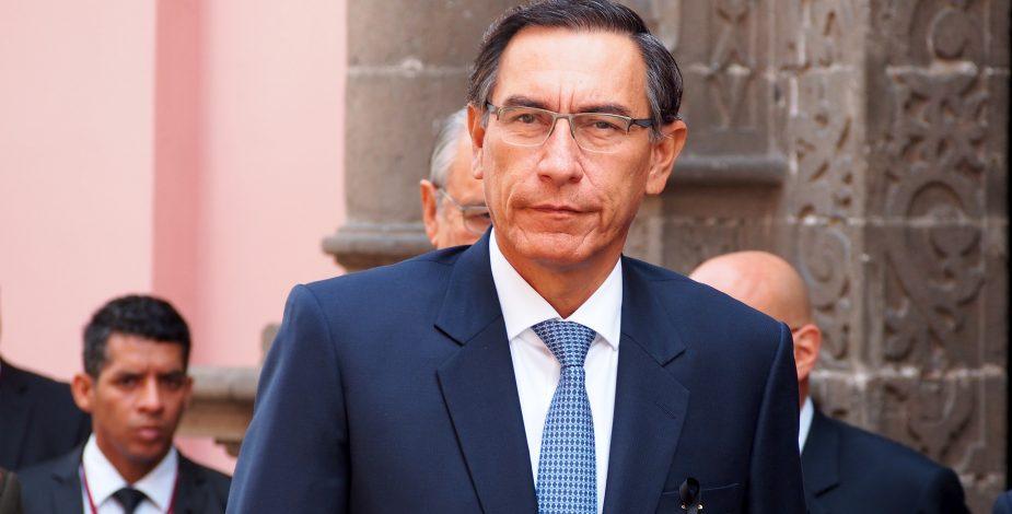 Después de la destitución, Martín Vizcarra anuncia que será candidato al Congreso