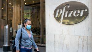 Pfizer entregó documentos al ISP para pedir autorización de uso de vacuna contra el Covid-19 en Chile