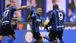 Alexis Sánchez anotó la apertura de la cuenta para el Inter de Milán ante el Sassuolo