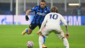 Inter de Milán quedó colista de su grupo en la Champions tras derrota con el Real Madrid
