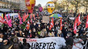 Francia: Más de 100 mil personas se manifestaron contra la ley de seguridad de Emmanuel Macron