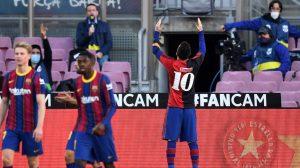 Emocionante: Así fue el homenaje que Messi rindió a Maradona en goleada del Barcelona