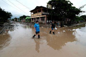 Honduras va quedando bajo el agua y su economía retrocede 20 años