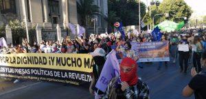 Con pañuelazo recuerdan a víctimas de femicidios en el Día Internacional de la Eliminación de la Violencia contra la Mujer