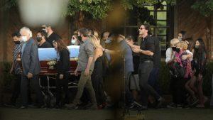 """Diego Maradona ya descansa: Familiares y amigos acompañaron al """"Pelusa"""" en su funeral"""