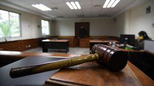 Este viernes fue declarada inocente: Mujer pasó ocho meses en prisión tras ser acusada de robar una billetera