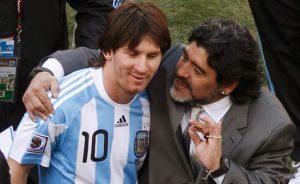 """Messi tras la muerte de Maradona: """"Nos deja pero no se va, porque el Diego es eterno"""""""