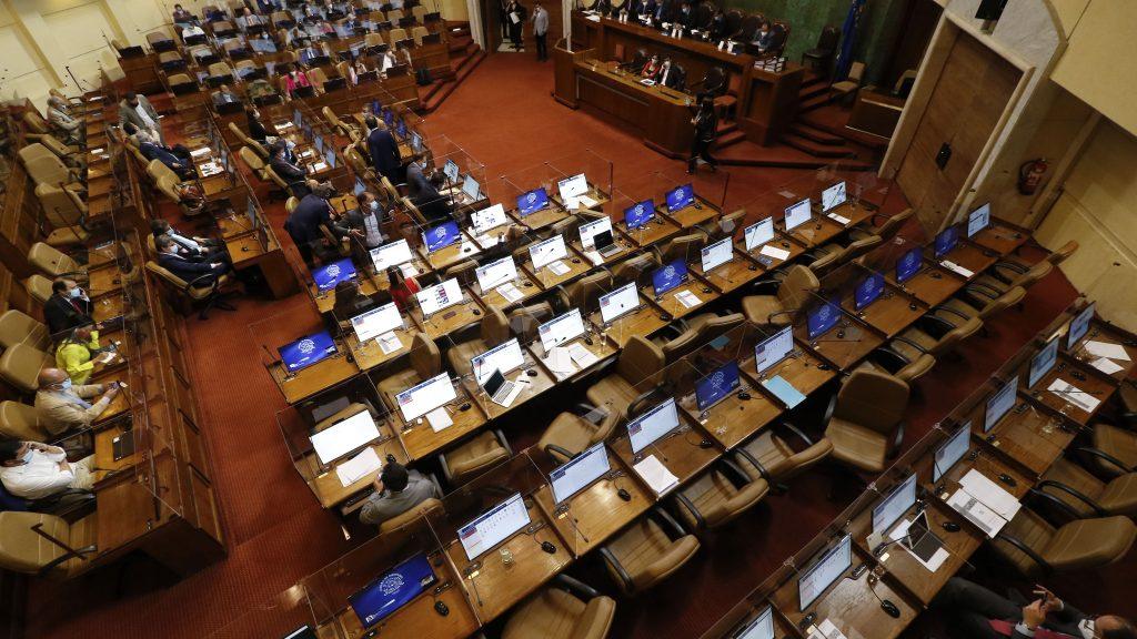 Segundo retiro de fondos de las AFP: Gobierno propuso eximir de impuestos a remuneraciones inferiores a $1.5 millones