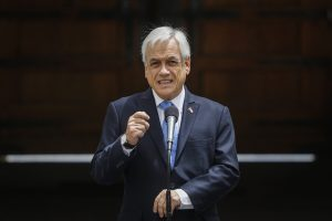 """Presidente Piñera promulgó nueva Ley de Migraciones para Chile: """"El principal objetivo es poner orden en nuestra casa"""""""