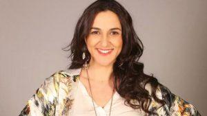 """""""Miren lo que encontré ordenando"""": Renata Bravo subió foto del recuerdo con Ricardo Arjona"""