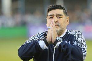"""Exfutbolista argentino lanza dura acusación por muerte de Maradona: """"Lo tenían secuestrado"""""""