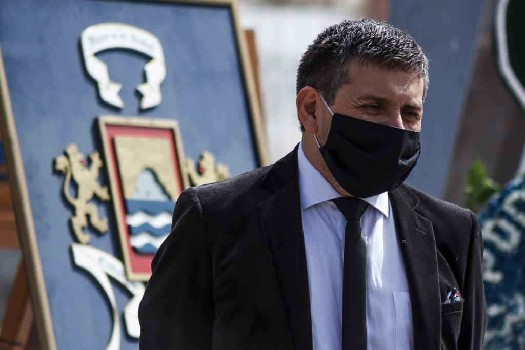 """Alcalde de Arica por suspensión de estrategia de trazabilidad: """"Se pierde por una mirada basada en lo económico"""""""