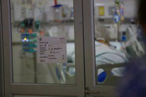 Exministro de Salud: Queda un año para que gran parte de Chile se vacune contra el Covid-19