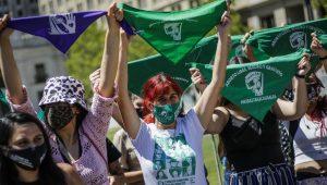Pulso Ciudadano: Cerca de la mitad de la población está de acuerdo con la despenalización del aborto hasta la semana 14