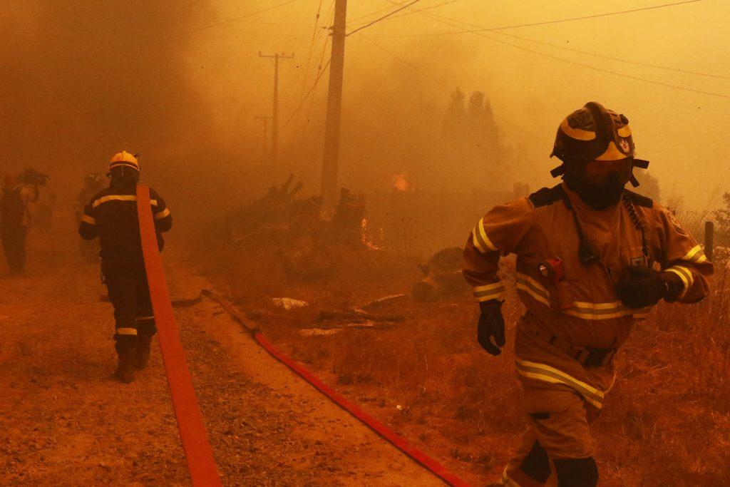 """Michel de L'Herbe por incendios en Quilpué y Valparaíso: """"No es sorpresa lo que estamos viviendo y debemos comprenderlo así"""""""