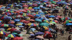 """Seremi de Salud de Valparaíso y situación en playas: """"No podemos prohibir su ingreso, pero sí podemos fiscalizar la normativa sanitaria"""""""