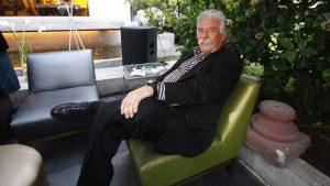 """""""Lo encuentro el descueve"""": Iván Arenas volvió a fumar tras su operación por cáncer de colon"""