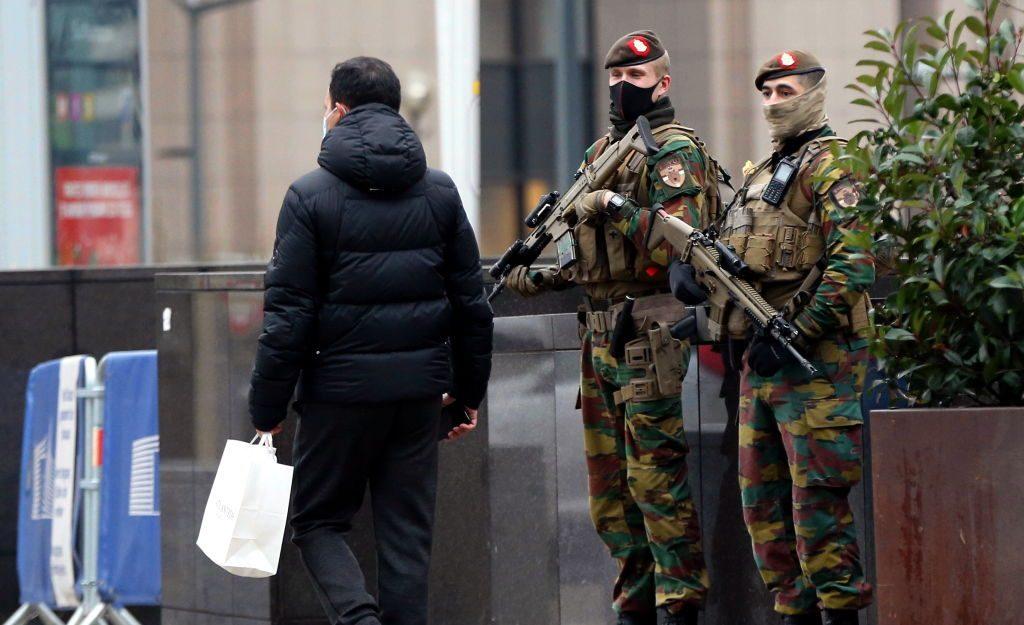 Gobierno de Bélgica prohibió los viajes dentro y fuera del país por el coronavirus