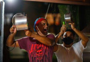 Los cacerolazos reaparecen contra Bolsonaro ante grave crisis sanitaria por Covid-19