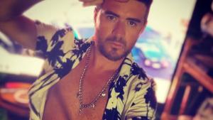 """""""Hoy trabajo en mi amor propio"""": Junior Playboy lució su trabajado cuerpo en Instagram"""