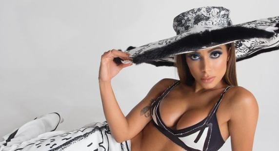 Anitta se hizo dos íntimos tatuajes y fue criticada por compartir el video del momento en Only Fans