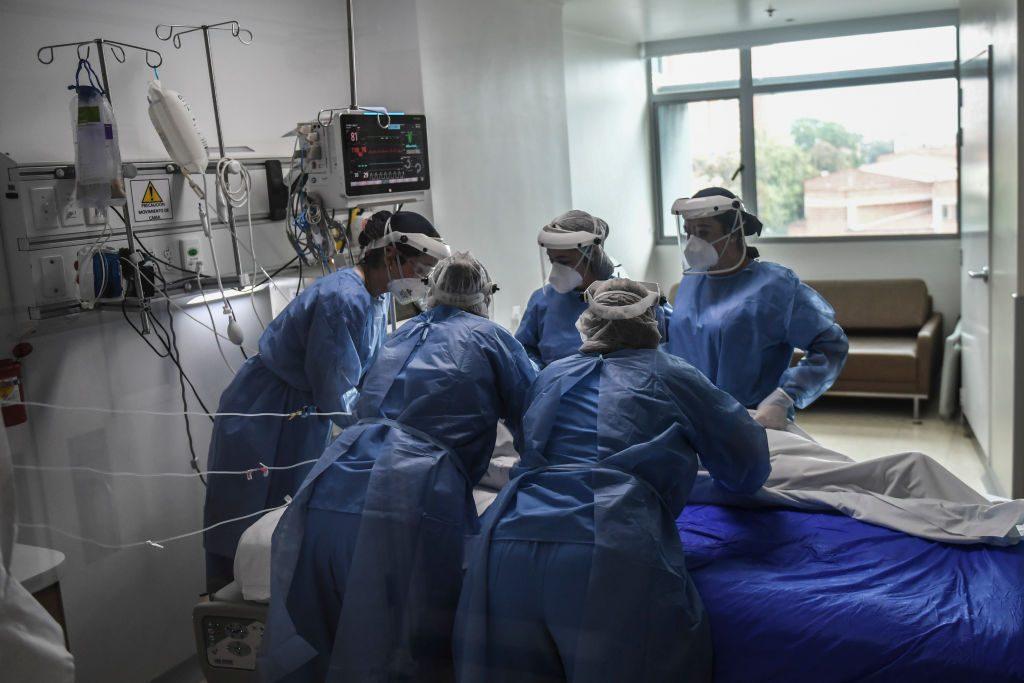 Colombia superó las 50.000 víctimas del coronavirus Covid-19 en diez meses
