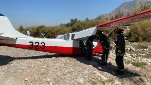 Avioneta hizo aterrizaje de emergencia en el lecho del río Mapocho en Vitacura