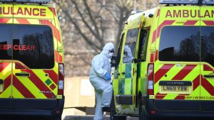 Reino Unido se conviritó en el primer país europeo en alcanzar más de 100 mil muertos por coronavirus