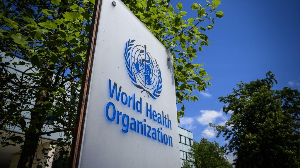 """Director general de la OMS: """"El mundo está al borde de un catastrófico fracaso moral y se pagará con vidas"""""""